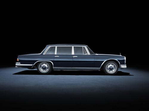 Mercedes-Benz 600 (1963).