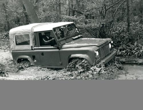 Land Rover 90 (1984).