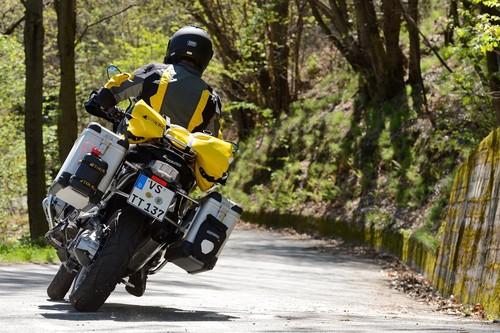 Optimal eingestellte Federelemente und ein ausbalanciertes Motorrad erhöhen den Fahrspaß und die Sicherheit.