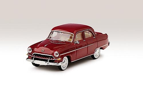 """""""Modellfahrzeug des Jahres 2013"""": 1954er Opel Kapitän von Brekina (1:87)."""