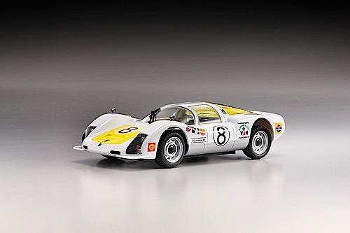 """""""Modellfahrzeug des Jahres 2013"""": Porsche 906 RC von Kyosho (1:28)"""