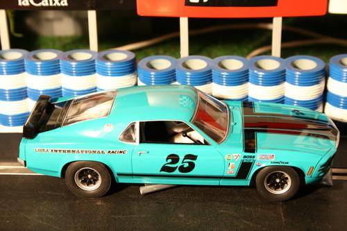 "Ford Mustang Boss 302 ""Libra International Racing"" von Scalextric."
