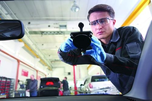 Autoglas-Reparatur bei ATU.