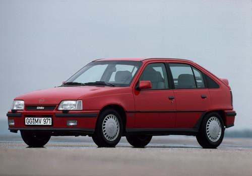 Opel Kadett GSi 16V (1988).