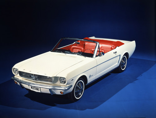 Ford Mustang Cabrio (1964).