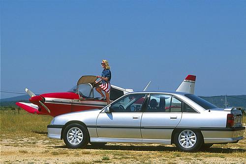Opel Omega 3000.