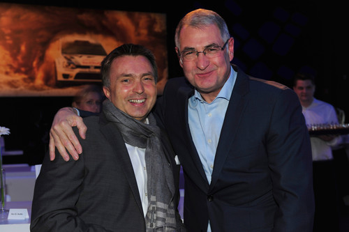Ehrung der WRC-Meister: Heinz-Jakob Keußer und Jost Capito (rechts).