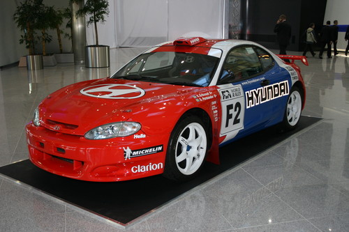 Hyundai Coupé Rallyefahrzeug.