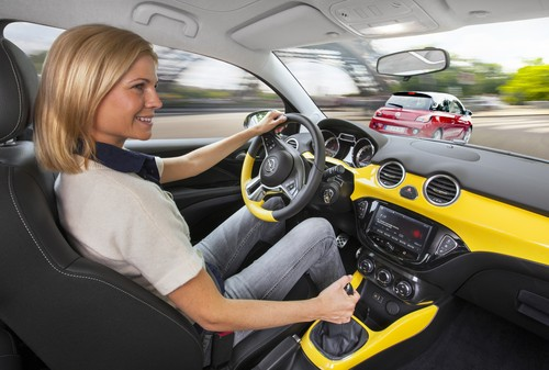 Intelli-Link im Opel Adam.