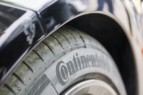 Alle Fahrzeuge wurden in Nardo mit Serien-UHP-Reifen von Continental ausgestattet  – so unterschiedlich die Anforderungen von Opel Corsa über Porsche Turrbo bis hin zum Camping-Van auch waren.
