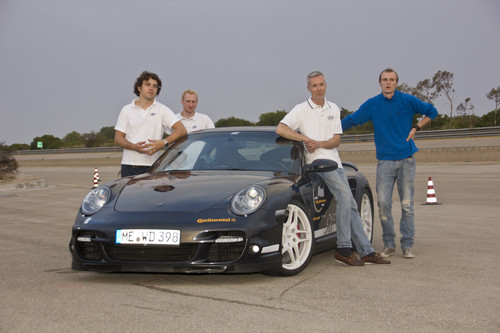 Das Team um Jan Fatthauer von Tuner 9ff  war auch 2013 mit einem Porsche 997 Turbo und einer Vmax von 368,7 km/h in Nardo nicht zu toppen.
