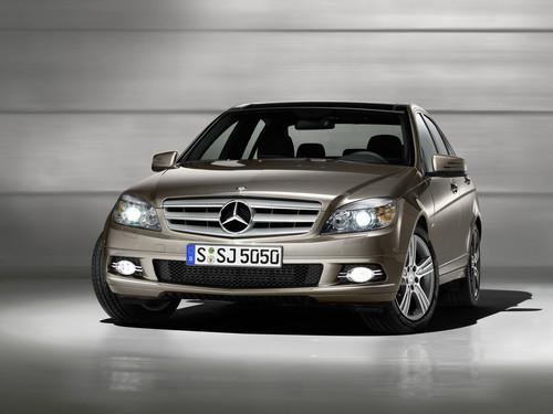 3. Generation der Mercedes-Benz C-Klasse.