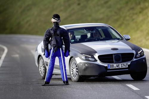 Mercedes-Benz C-Klasse der vierten Generation bei Testfahrten.