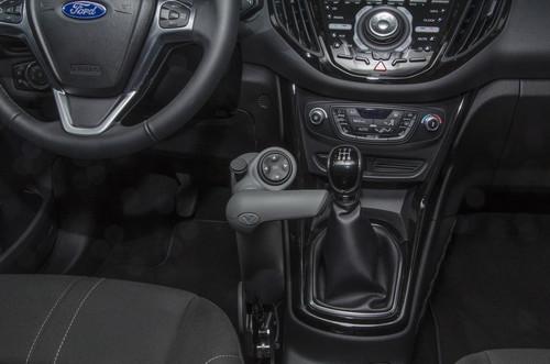Für Menschen mit Mobilitätseinschränkungen: Ford Focus der Reha Group Automotive.