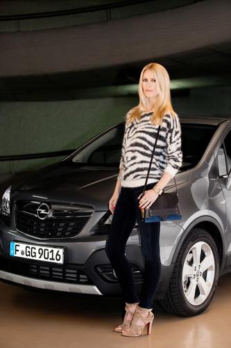 Opel-Markenbotschafterin Claudia Schiffer.