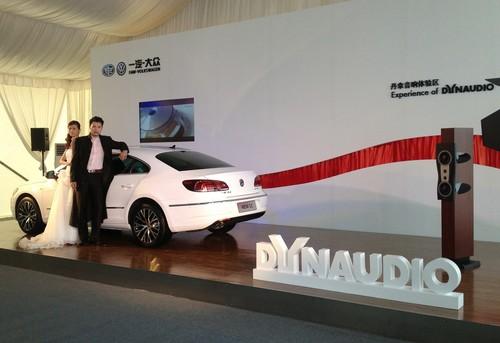 Dynaudio  beim Presstag zur Präsentation des Volkswagen CC in China..