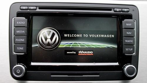 Dynaudio integriert in Volkswagen-Infotainment.