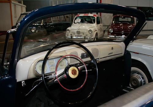 Seat-Sammlung in Barcelona: Blick in den offenen Repräsentationswagen von General Franco.