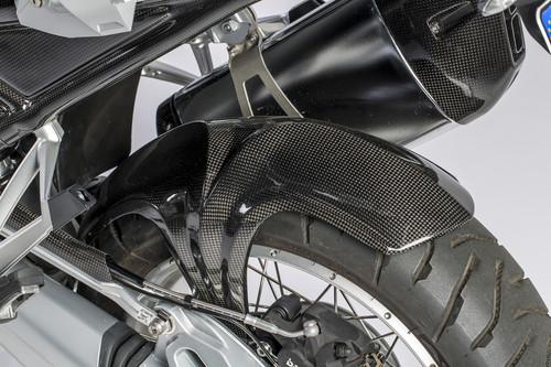 Carbonteile von Ilmberger an einer BMW R 1200 GS.