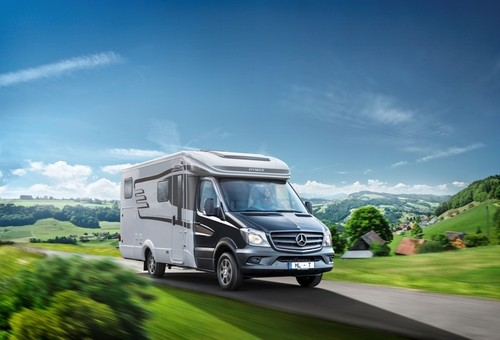 stuttgart 2014 120 wohnmobil und caravan premieren. Black Bedroom Furniture Sets. Home Design Ideas