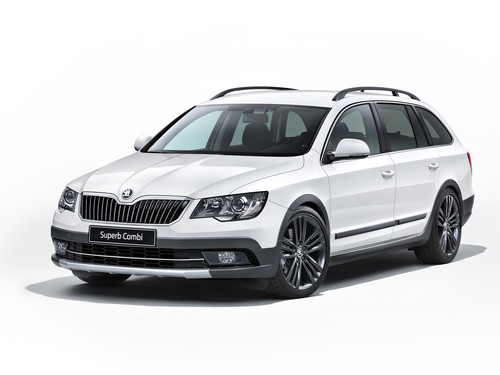 Skoda Superb Combi mit Outdoor-Paket.