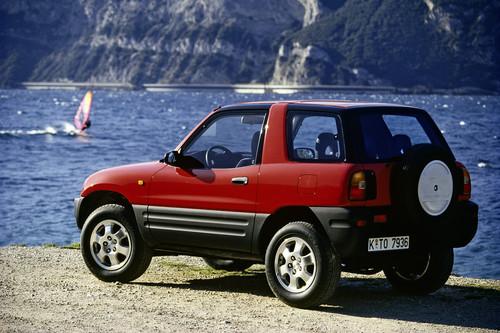 Toyota RAV4 (1994).