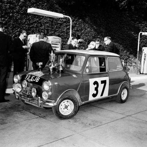 Der siegreiche Mini Cooper der Rallye Monte Carlo 1964: