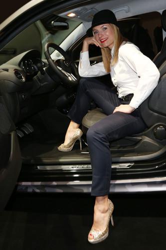 """Eröffnung der Opel-Ausstellung """"The Adam by Bryan Adams"""": Schauspielerin Nadja Uhl."""
