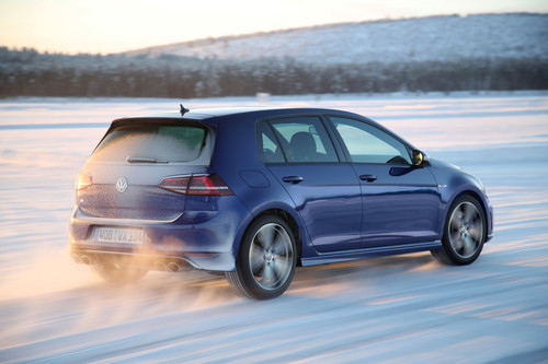 Volkswagen Golf R am Polarkreis.