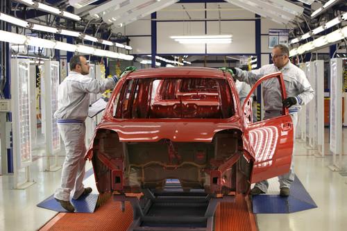 Panda-Produktion im italienischen Fiat-Werk Giambattista Vico.