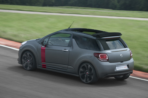 Citroen DS3 Cabrio Racing.
