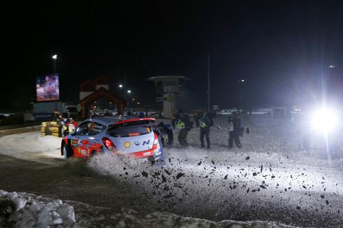 Juho Hänninen bei dem WRC-Rennen in Schweden.