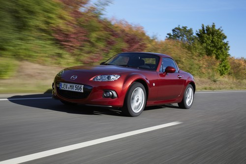 Mazda MX-5 Roadster Coupé.