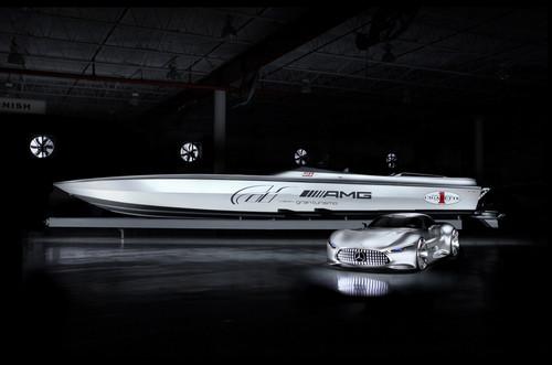 Mercedes-Benz AMG Vision Gran Turismo und Cigarette Racing 50' Vision GT Concept.