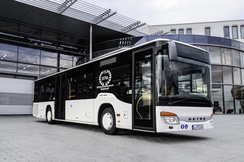 Einer der zehn neuen S 415 NF und der 75. Setra der Personenverkehrsgesellschaft Muldental (PVM).