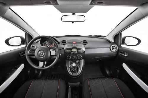 Mazda2 Iro.