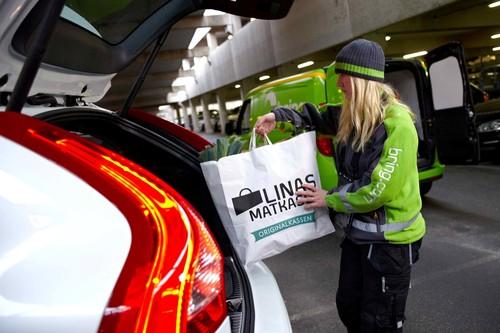 Bei Volvo wird das Fahrzeug zur Paketstation.