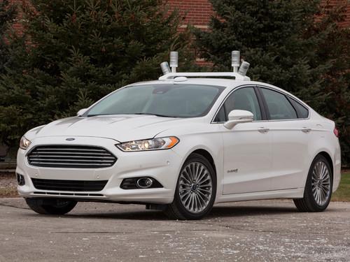 Ford nutzt einen Fusion als Versuchsträger für automatisertes Fahren.