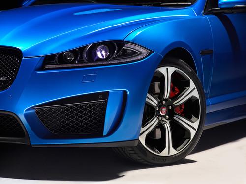 Jaguar XF R-Sport.