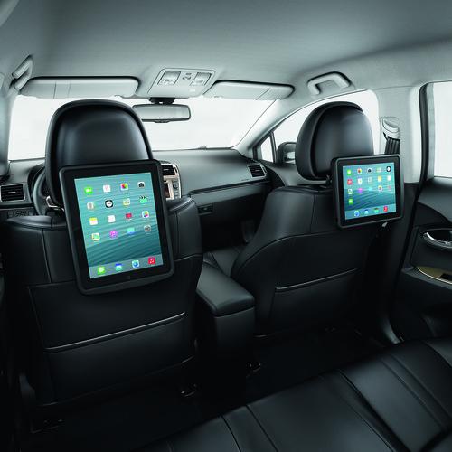 iPad-Halterung im Toyota Avensis.
