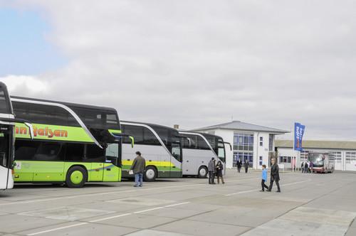 Daimler-Bus-Store-Show.