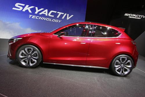 Mazda Hazumi.