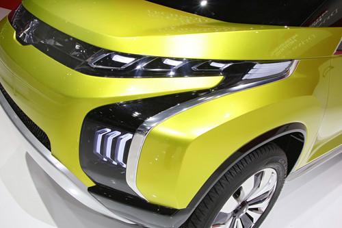Mitsubishi Concept AR PHEV.