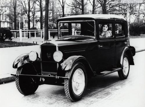 Peugeot 201.