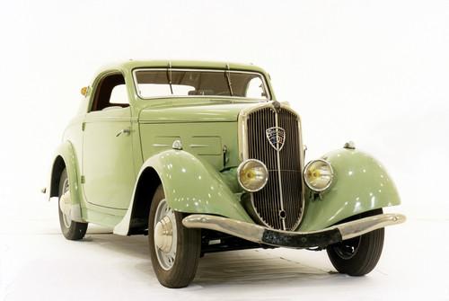 Peugeot 301.