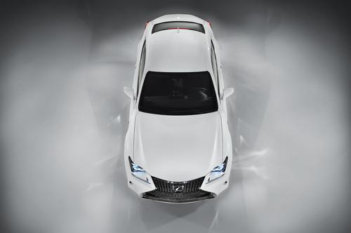 Lexus RC F Sport.