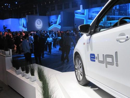 """1000 Gäste beim Auftakt von """"electrified!"""": Volkswagen E-Up."""