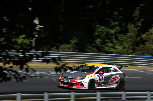 Opel Astra OPC Cup.