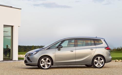 Opel Zafira Tourer.