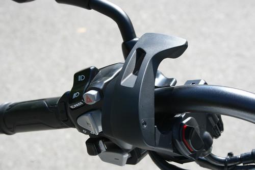 Honda CTX 700 N: Feststellbremse.